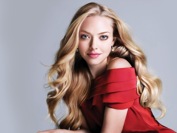 co-dao-da-tinh-da-tai-bac-nhat-hollywood-amanda-seyfried-giu-dang-bang-cach-nao.jpg